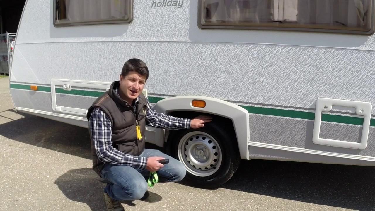 Worauf ist bei Reifen und Felgen am Wohnwagen zu achten?
